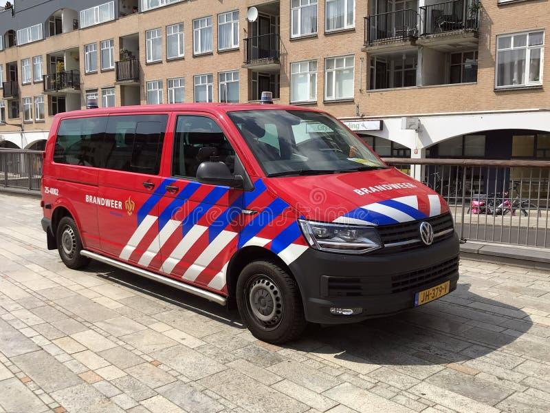 Skåpbil för brandstation för holländareVolkswagen biltransport arkivfoto