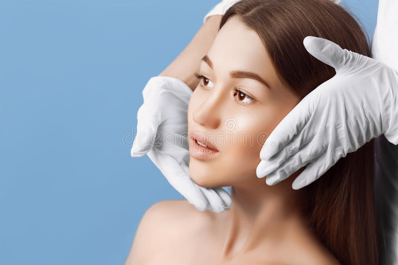 skóra czek przed chirurgią plastyczną obrazy royalty free