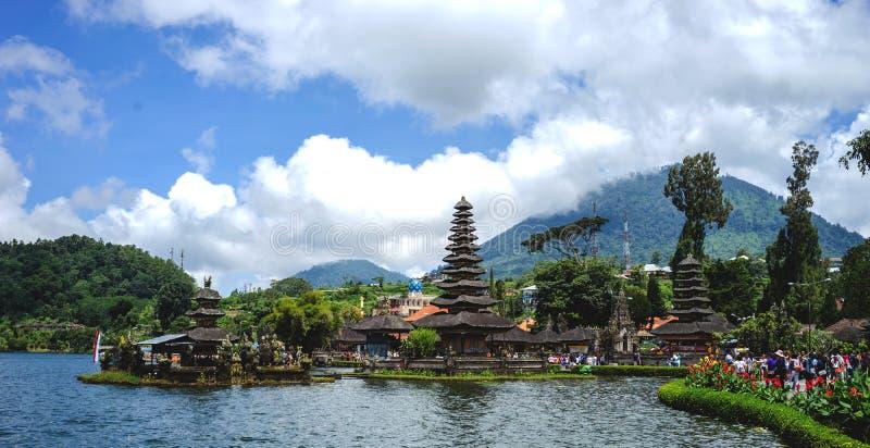 Skönhet av den Bedugul templet, Bali-Indonesien arkivfoto