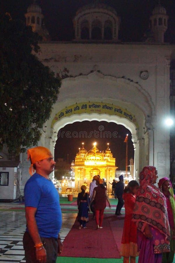 Skönhet av den guld- templet i Indien royaltyfria foton