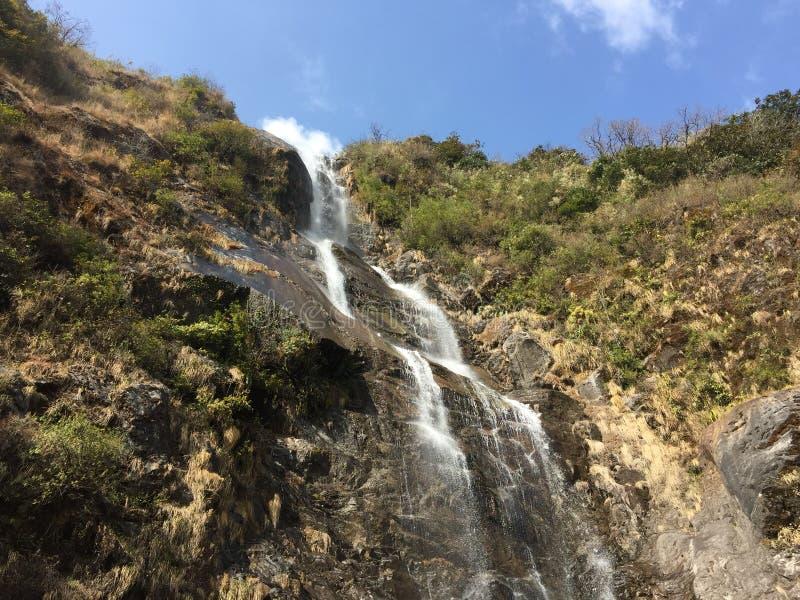 Skönhet av vattennedgången royaltyfria foton
