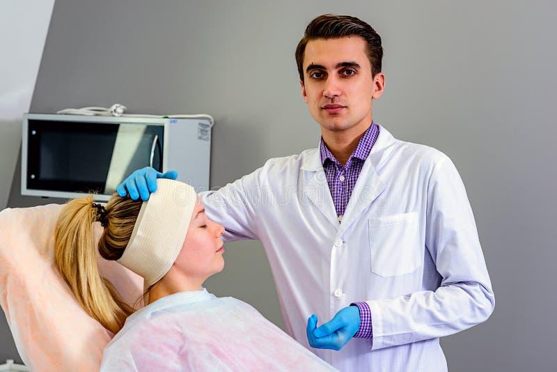 Skönhet, mode och medicin, plastikkirurgi royaltyfri foto