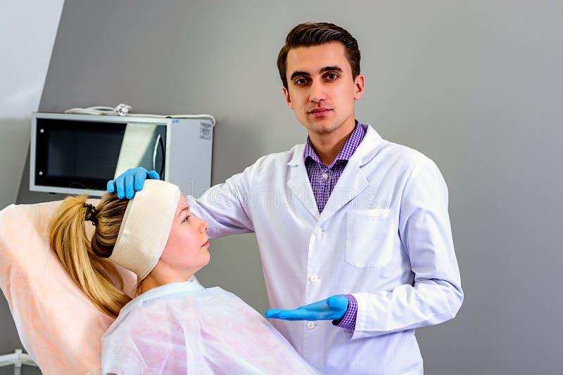Skönhet, mode och medicin, plastikkirurgi royaltyfri fotografi
