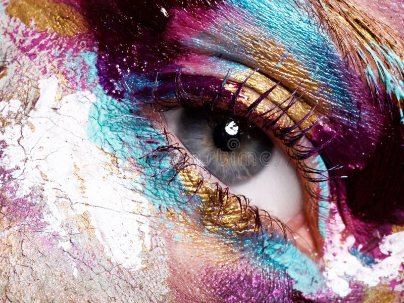 Skönhet, skönhetsmedel och makeup Ljust idérikt smink arkivbild