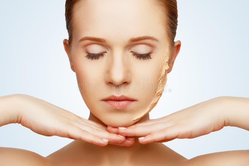 Skönhetbegreppsföryngring, förnyande, hudomsorg, hudproblem arkivfoton
