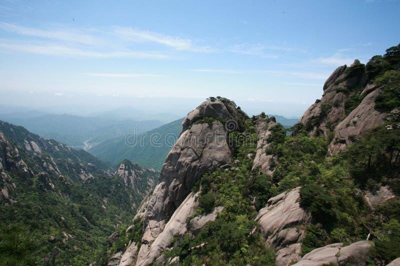 Skönheten av monteringen Huangshan arkivbild