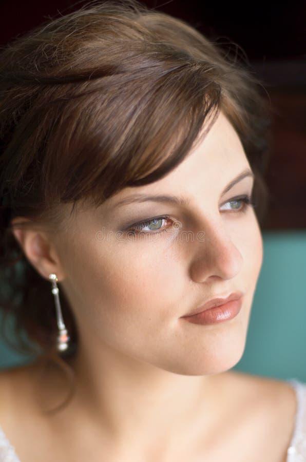Download Skönhetstående arkivfoto. Bild av flicka, stående, hår - 518358