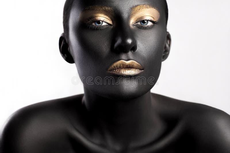 Skönhetstil för högt mode Framsidakonst Bodypaint royaltyfria bilder
