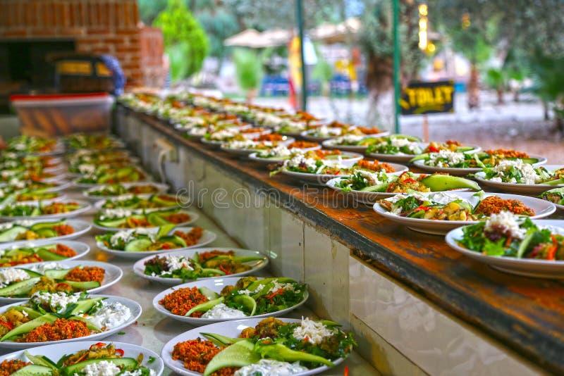 Sköta om för mat royaltyfri fotografi