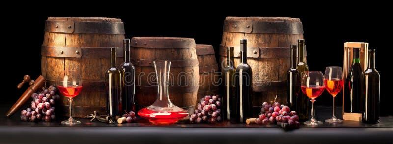 skład z czerwonym winem obraz royalty free
