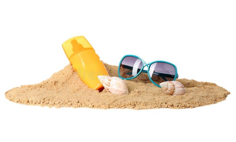 Skład z plażą protestuje na białym tle fotografia stock