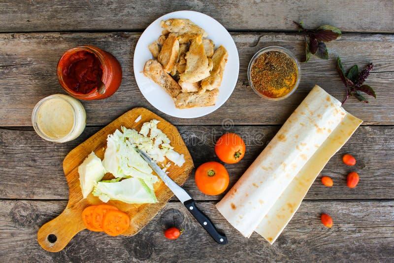 Składniki dla kulinarnych kebabs zdjęcia royalty free