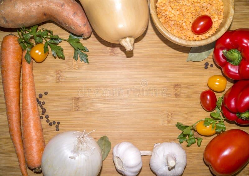 Składniki dla weganin soczewicy polewki obraz stock