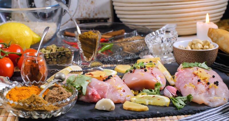 Składniki i hindus pikantność dla kurczaka tikka masala zdjęcie stock