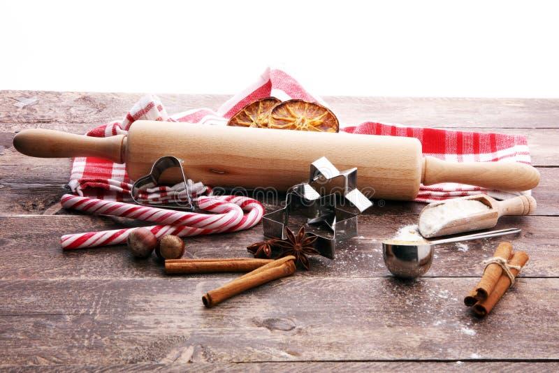 Składniki pikantność, dokrętki, ciastka i sha dla Bożenarodzeniowego pieczenia -, obrazy royalty free