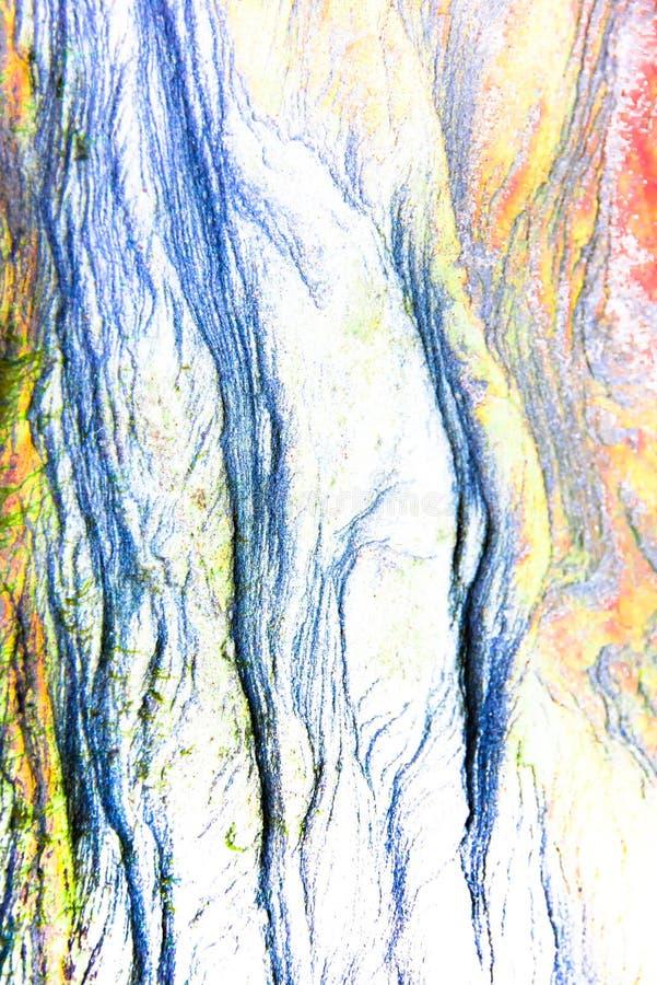 Skał warstwy - kolorowe formacje osadowe skały brogować nad setkami rok Abstrakcjonistyczny tło z zafascynowaniem obrazy stock