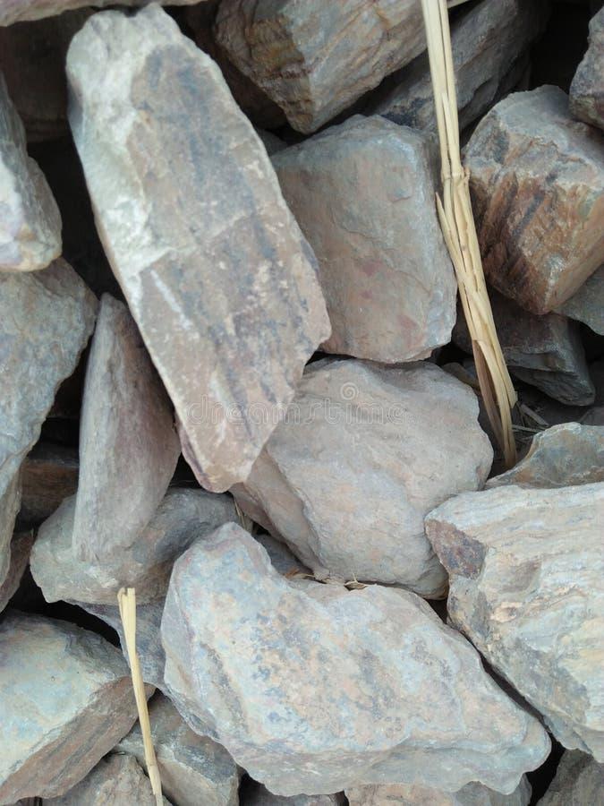 SKAŁA LUB kamień JESTEŚMY NATURALNYM substancją, STAŁY agregat zdjęcie royalty free