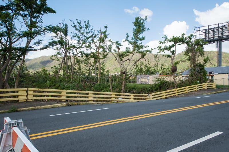 Skada till bron och körbanan fotografering för bildbyråer