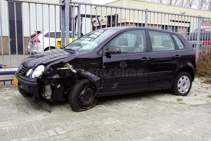 Skadade Volkswagen Polo royaltyfria foton