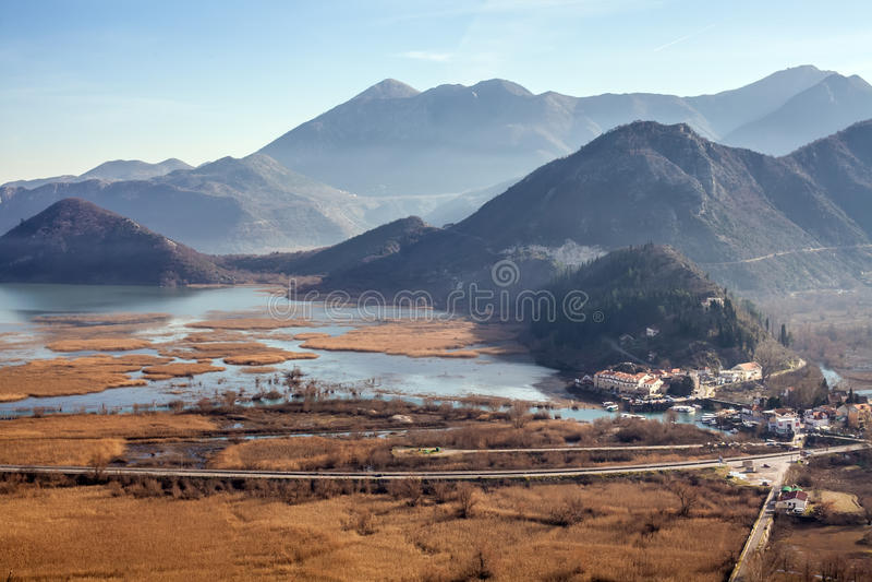 Skadar湖和Virpazar在黑山 免版税库存照片