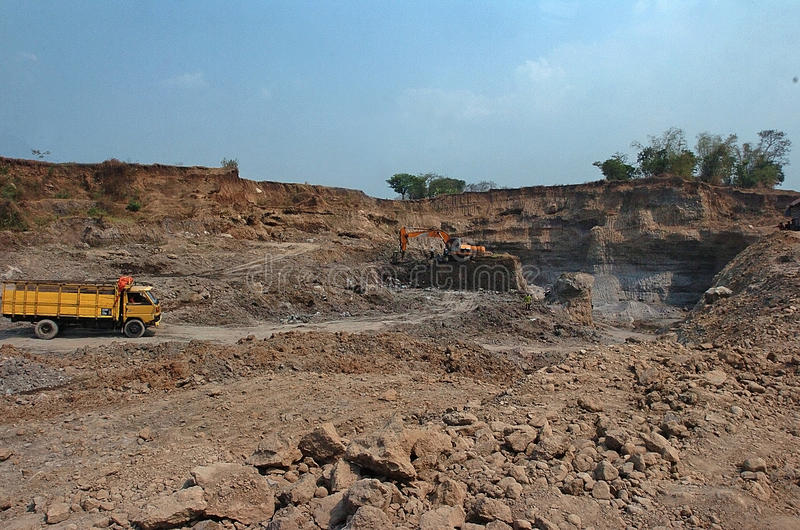 Skadat miljön i Mojokerto, Indonesien royaltyfri fotografi