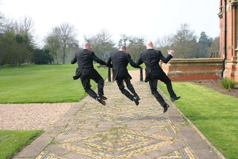 skakać radości