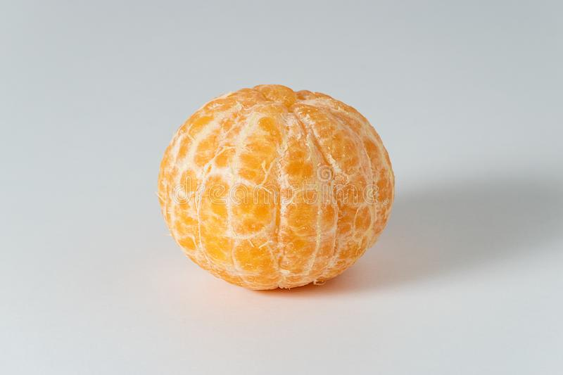 Skalade hela tangerin- eller mandarineapelsinfrukter royaltyfria foton