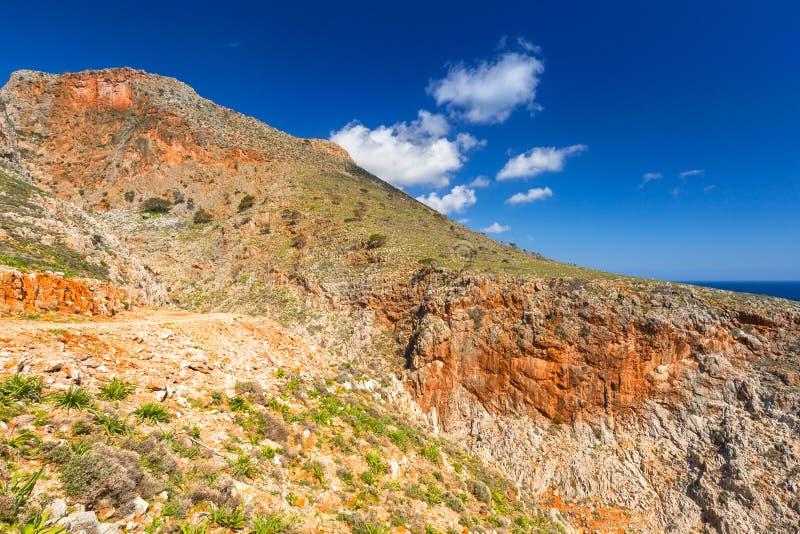 Skalista góra przy Seitan limania plażą na Crete, Grecja fotografia royalty free