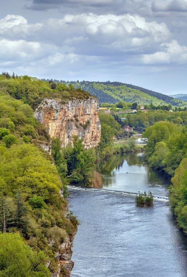 Skalisty brzeg udział rzeka, Francja obrazy royalty free