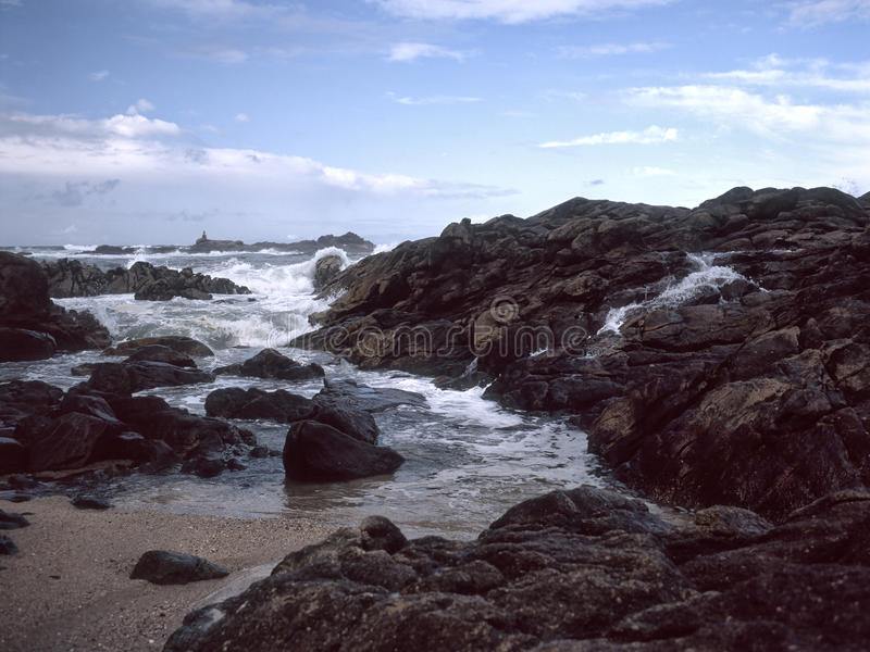 Skalisty brzegowy seascape zdjęcie royalty free