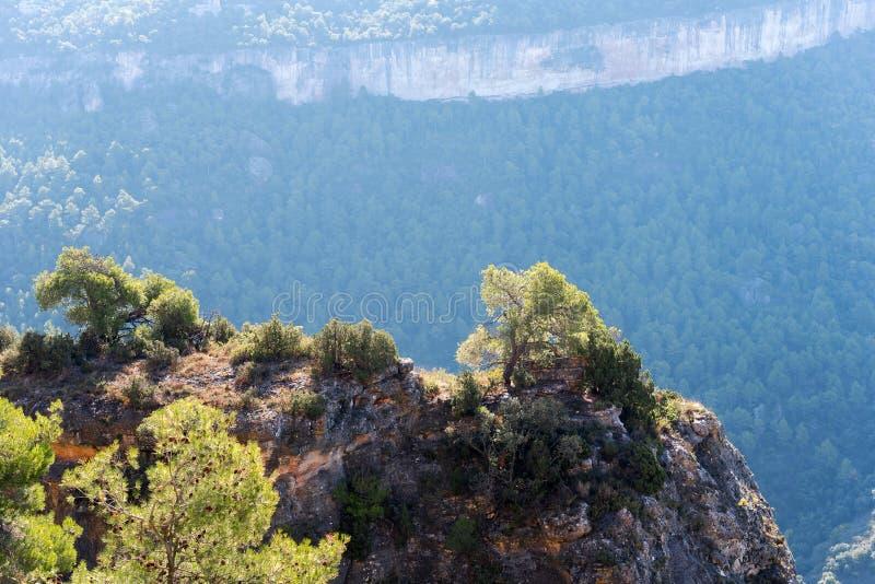Skalisty krajobraz w Siurana De Prades, Tarragona, Hiszpania Odbitkowa przestrzeń dla teksta obrazy royalty free