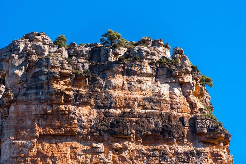 Skalisty krajobraz w Siurana De Prades, Tarragona, Hiszpania Odbitkowa przestrzeń dla teksta obraz royalty free