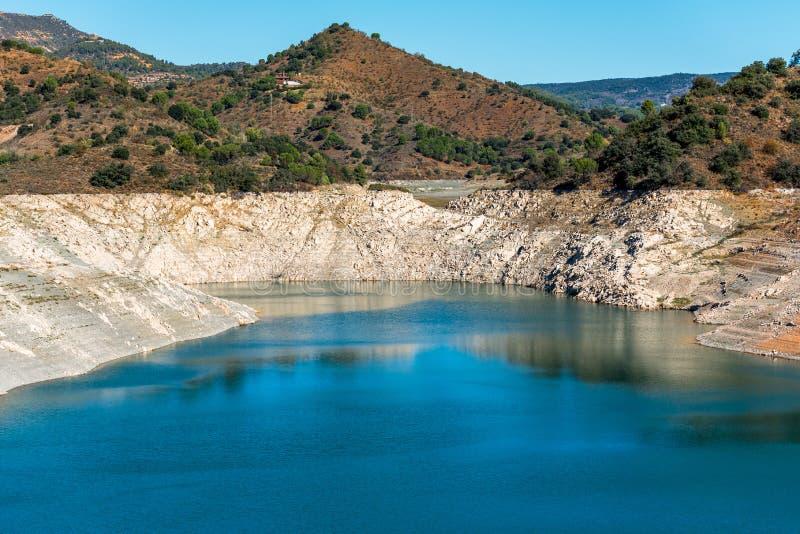 Skalisty krajobraz w Siurana De Prades, Tarragona, Hiszpania Odbitkowa przestrzeń dla teksta obrazy stock