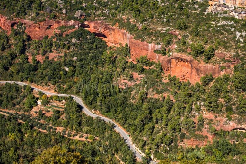 Skalisty krajobraz wokoło Siurana De Prades, Tarragona, Hiszpania Odgórny widok zdjęcie stock