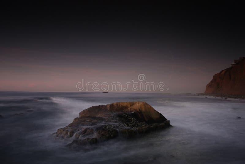 skalisty linia brzegowa ocean obraz royalty free