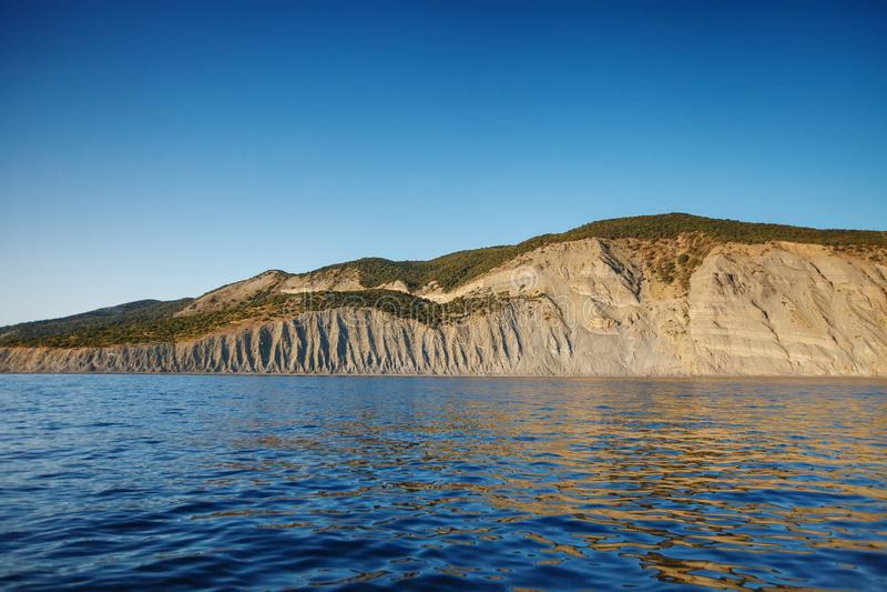 Skalisty wybrzeże morze fotografia royalty free