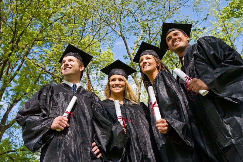 Skalowanie: Grupa ucznia spojrzenie przyszłość zdjęcie royalty free