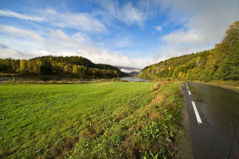 Skandinavische weg stock foto's
