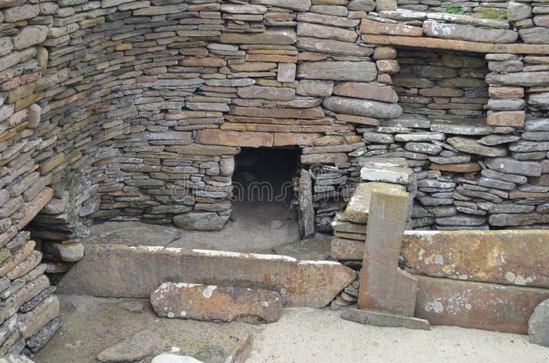 Skara Brae, uno stabilimento neolitico nella costa dell'isola del continente, Orkney, Scozia fotografie stock libere da diritti