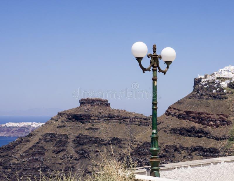 Skarosrots en Dorp Imerovigli, Santorini stock foto