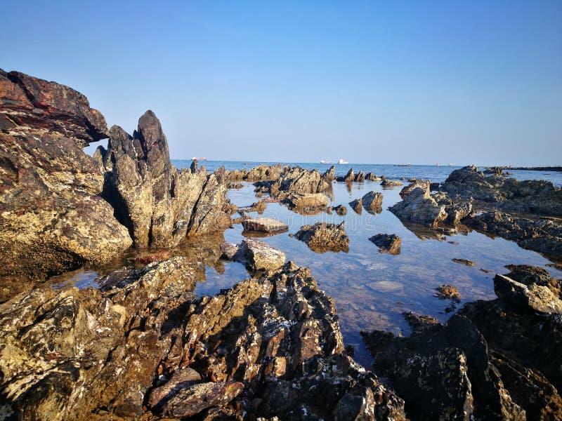skarpa stenar arkivfoton