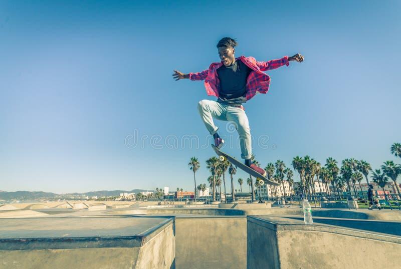 skateboarder fotos de archivo libres de regalías