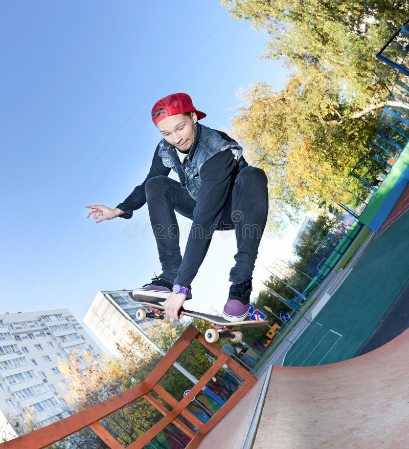 skateboarderskatepark royaltyfria bilder