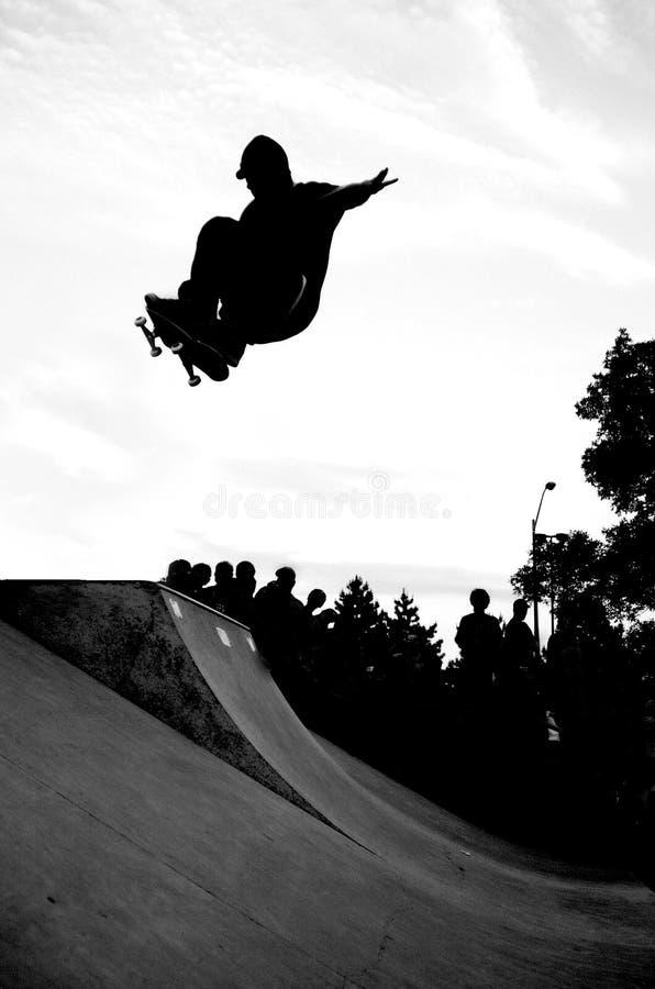 Skateboarding foto de archivo