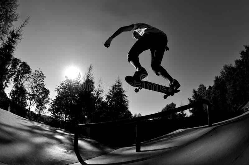 Skateboarding stockfotografie
