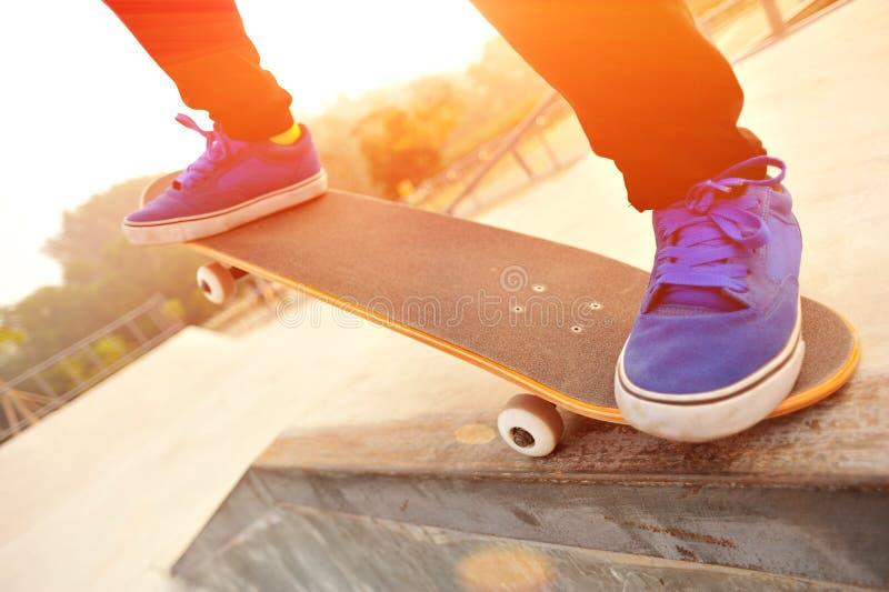 Skateboarding imagens de stock
