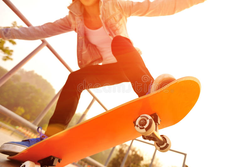 Skateboarding imagens de stock royalty free
