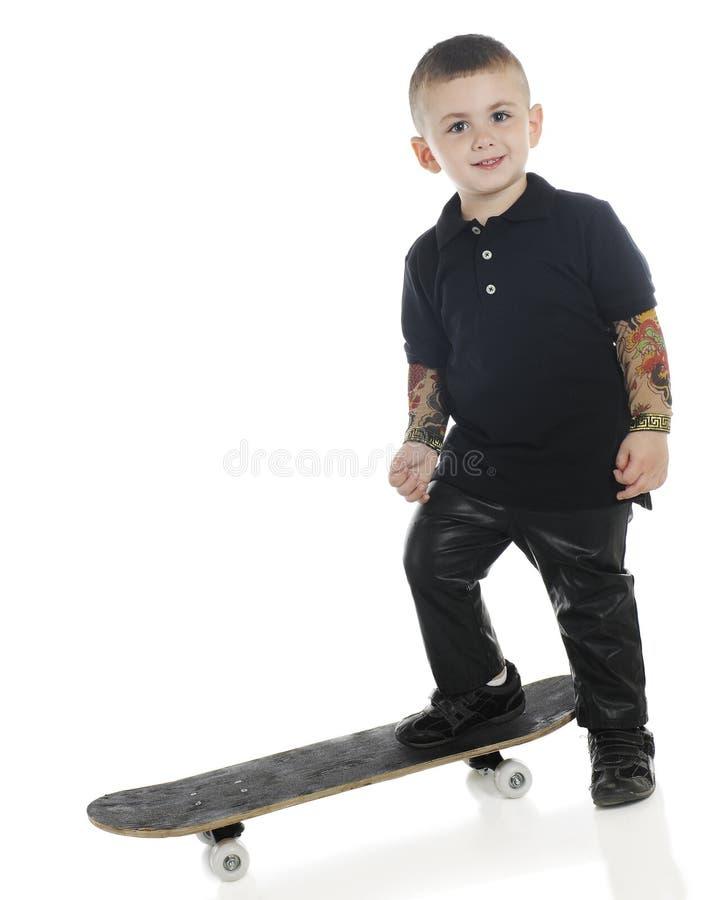 Skateboradåkare som är arkivbild