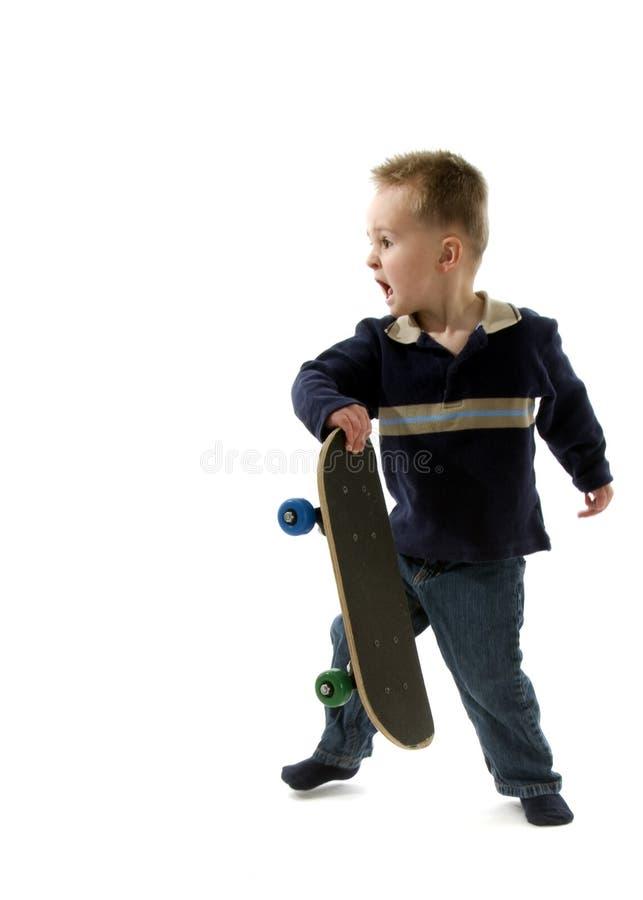 Skater del niño pequeño imagen de archivo