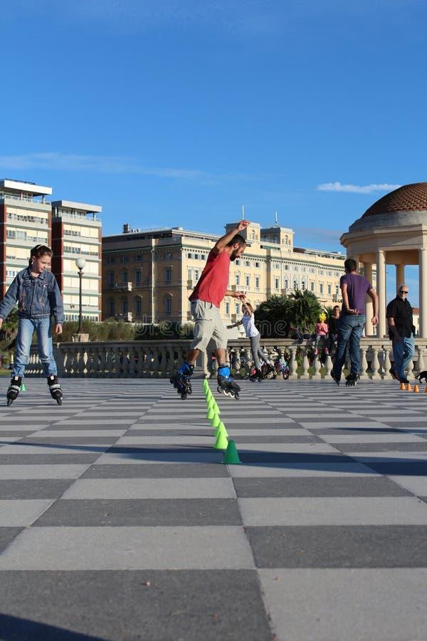 skaters stock afbeeldingen
